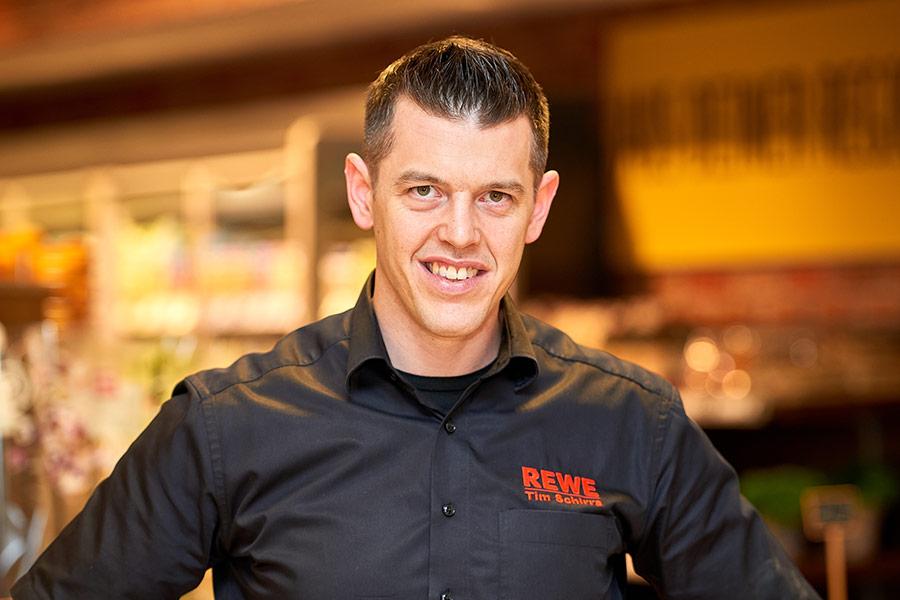 REWE-Marktinhaber Tim Schirra